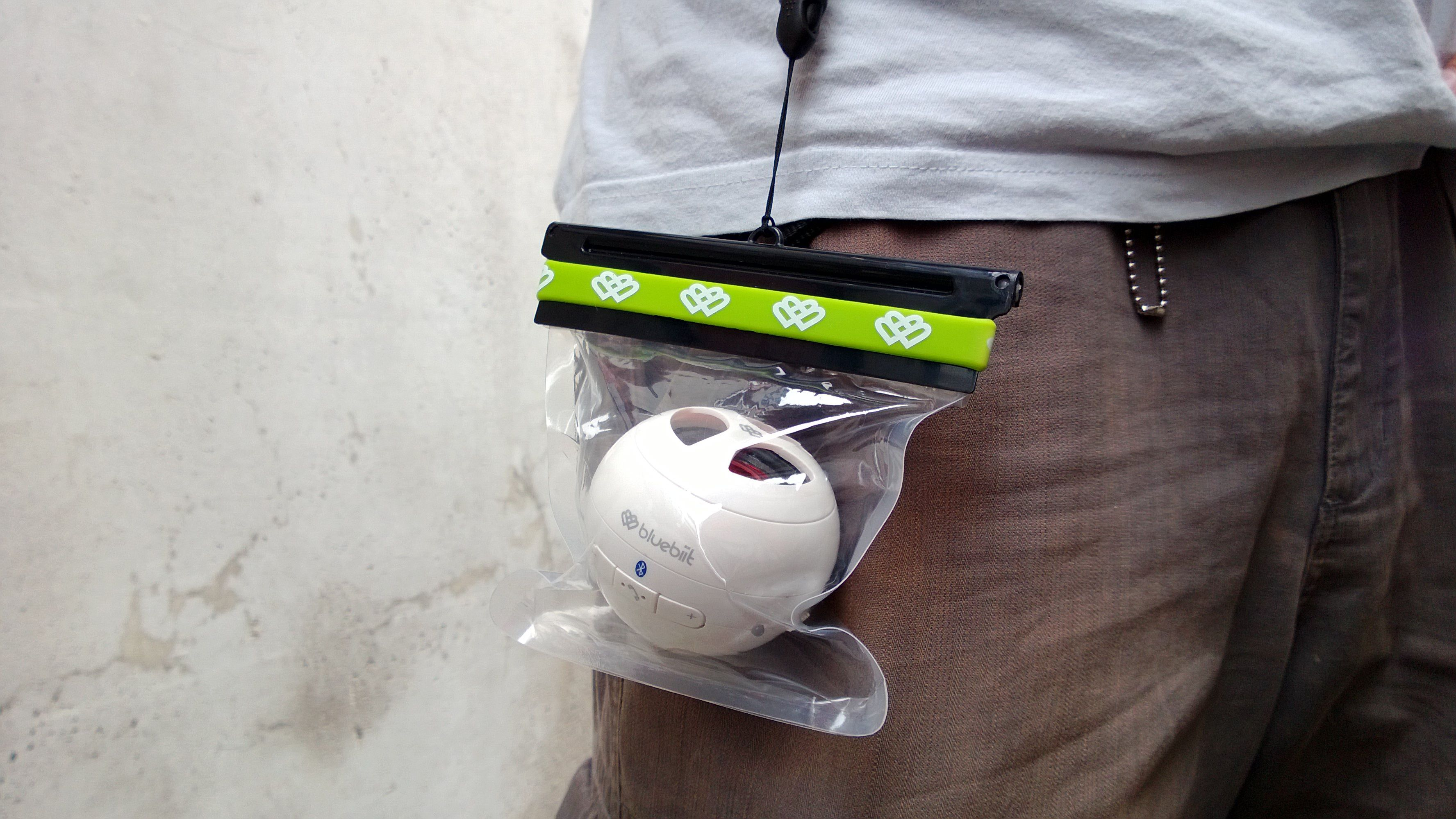 Vesitiivis suojapussi Soundballille