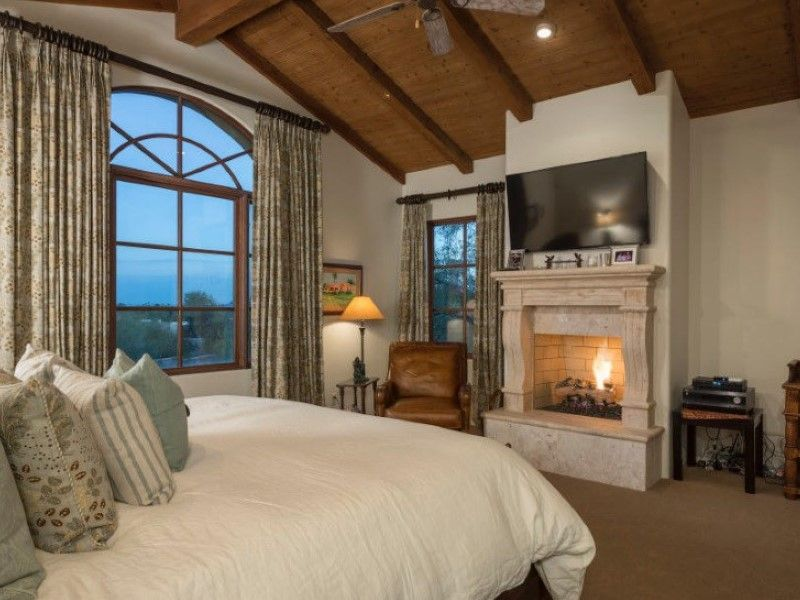 Master Bedroom Fireplace Mesmerizing Design Review