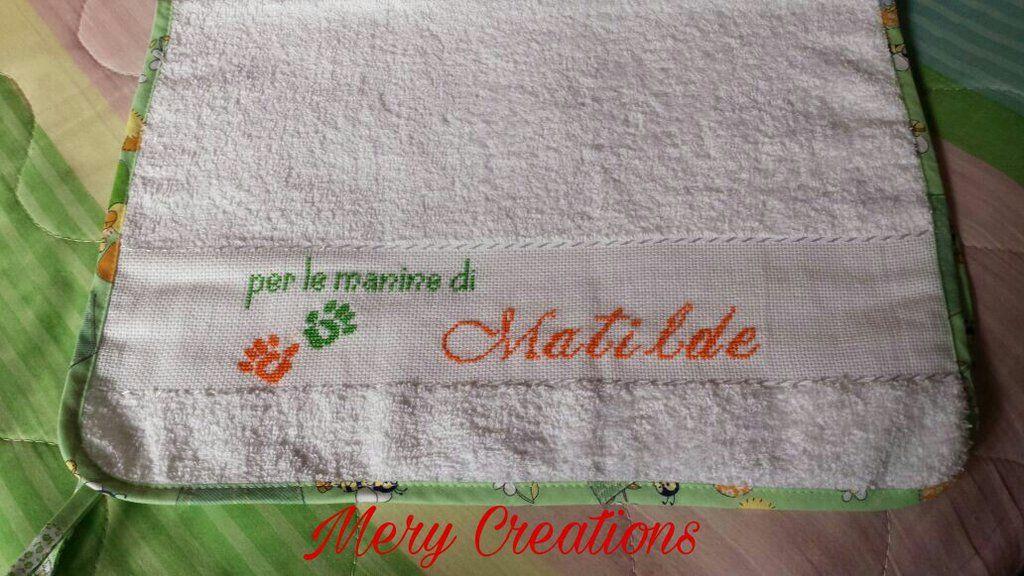 Punto Croce Per Bambini Asilo.Asciugamano Per Asilo Bambino Punto Croce Mery Creations