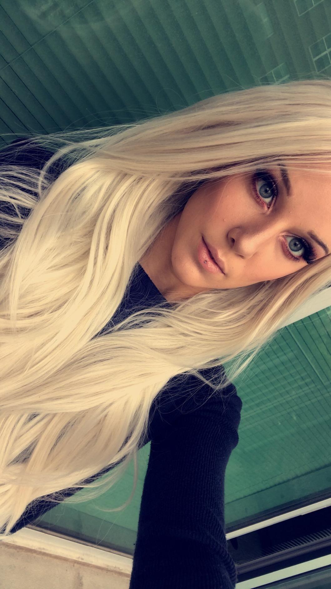 Amazon tripal hairs white platinum blonde wig heat resistant