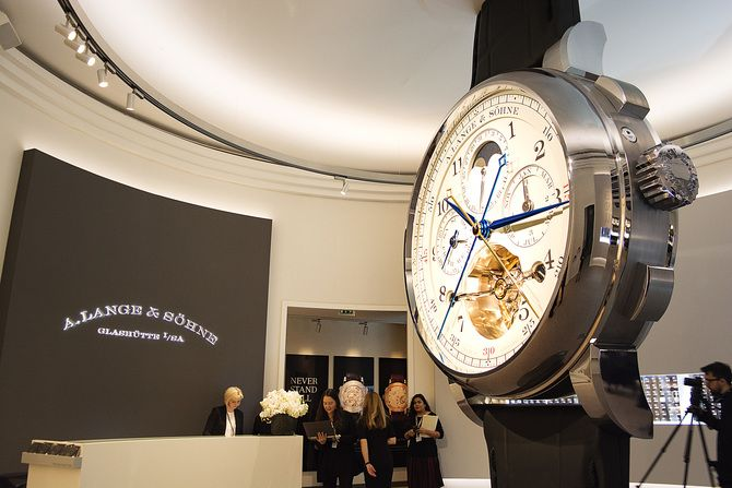 Salon International de la Haute Horlogerie SIHH 2017 | SwissGlam.ch ...