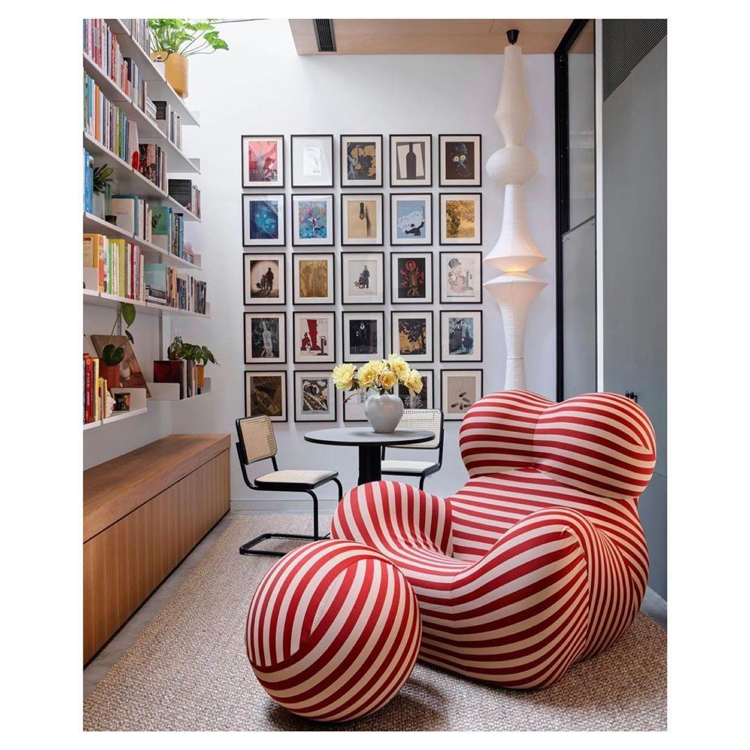 Retro Chic Design On Instagram Follow Retrochicdesign And Galleriagabi For More Contemporary Art A Decor Room Furniture Design Furniture Design Living Room
