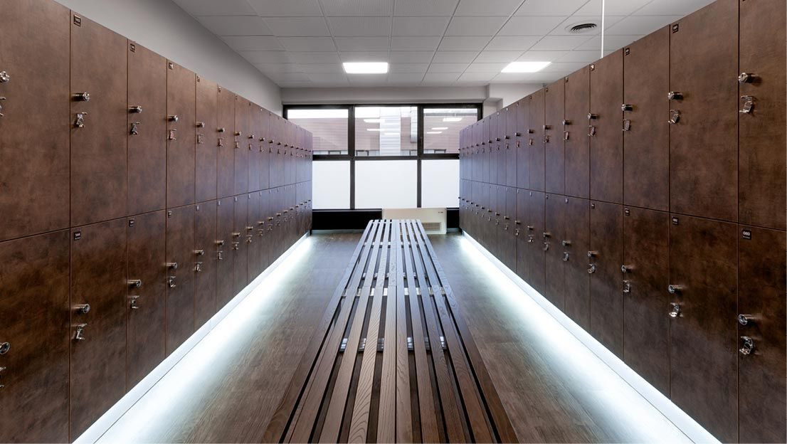 Lockers And Fit Interiors S Installations