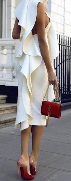 YSL • Street CHIC • ❤️ Curated by Babz™ ✿ιиѕριяαтισи❀ #abbigliamento