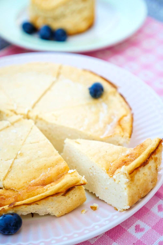 Low Carb Käsekuchen mit 6 Zutaten - der Cheesecake für Figurbewusste