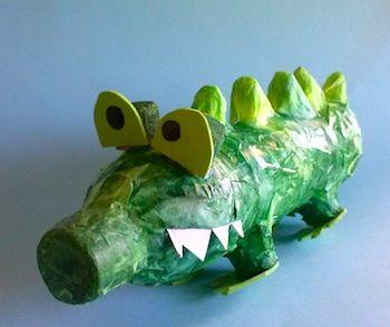 Mini taller dart on facebook plastic bottle crocodiles for Craft items made from plastic bottles