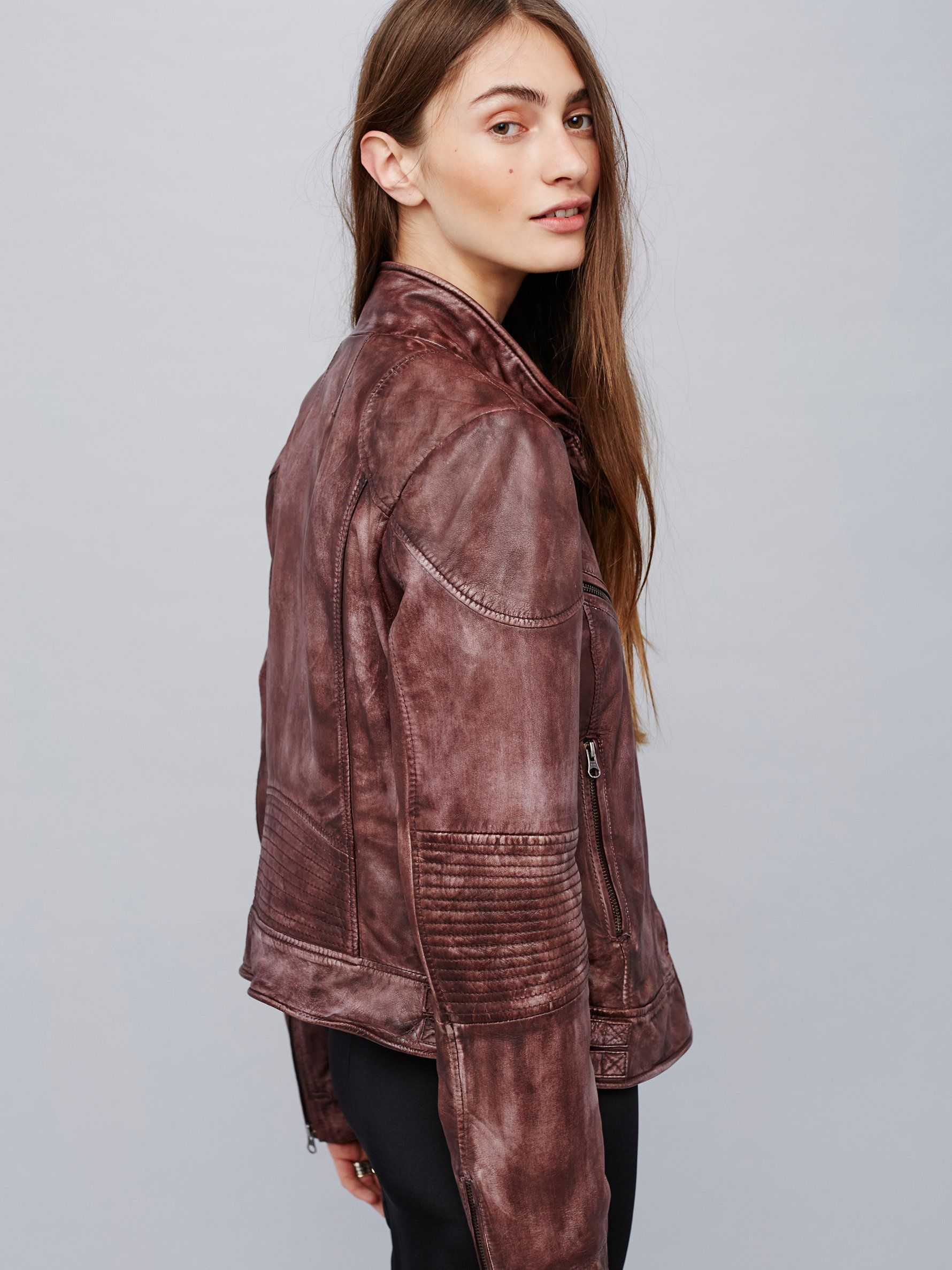 Fitted And Rugged Leather Jacket Rugged Leather Leather Jacket Jackets
