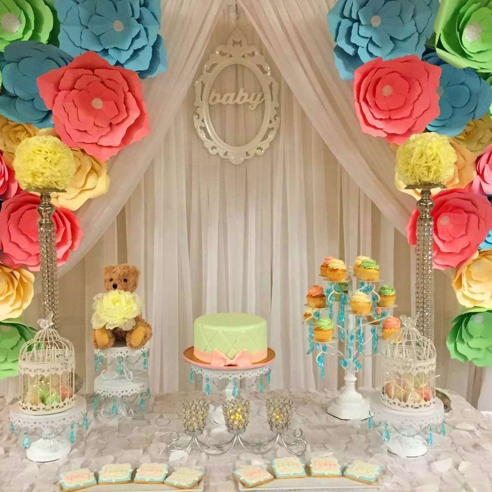 Baby shower party ideas flores de papel mesas y mesa de - Ideas decoracion fiestas ...