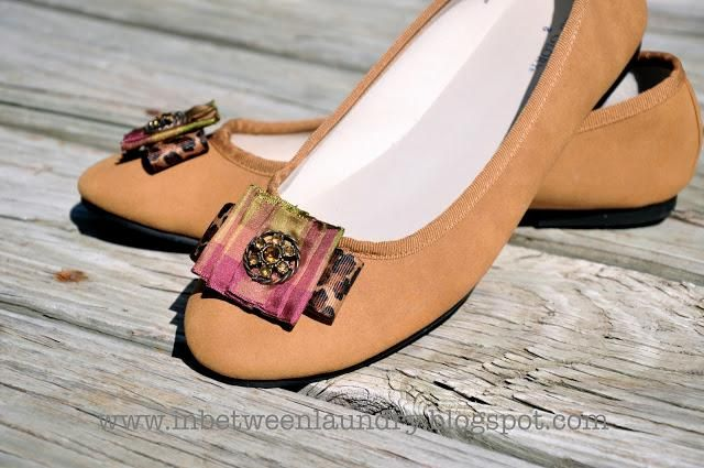 DIY Shoe Refashion: DIY Shoe refashion with In Between Laundry