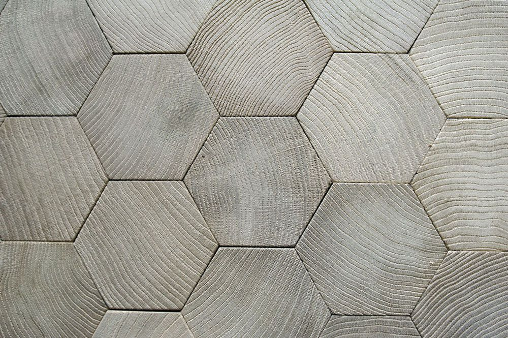 Wooden Hexagon Tiles Wood Detail Bois Debout Revetement De Sol En Bois Et Bois