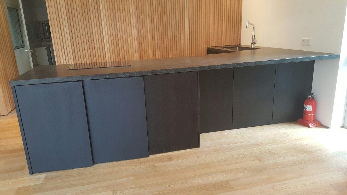 웨이브기둥이 돋보이는 감각적인 조립식 테이블 | 자사 테이블 매장 ...