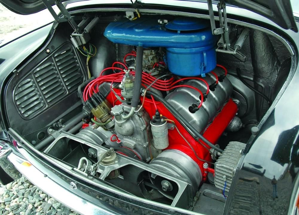 Tatra engine bay Motor car, Automotive, Power plant