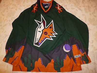 Phoenix-Arizona-Coyotes-Jersey-Alternate-Green-Third-Kachina-Picasso-Jersey -L-42 3151ef772