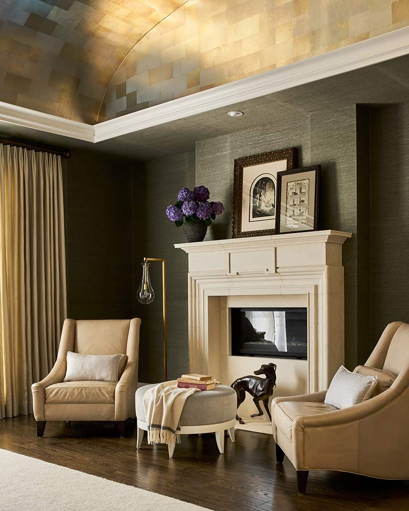 Moody living room with neutral mantel