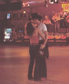 John Travolta & Debra Winger en