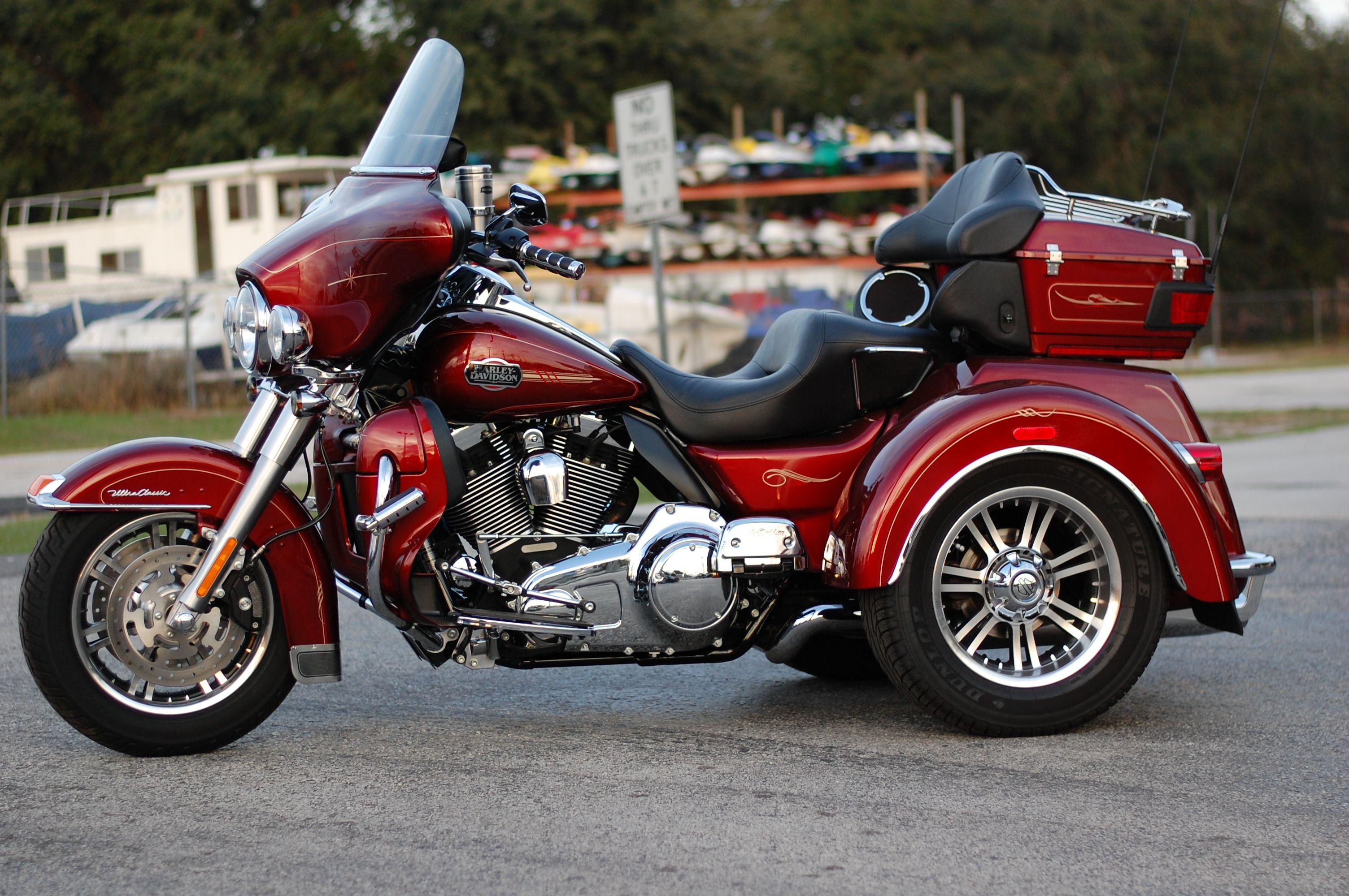 Harley Davidson Tri Glide Harley Davidson Trike Harley Davidson Bikes Harley Davidson Merchandise