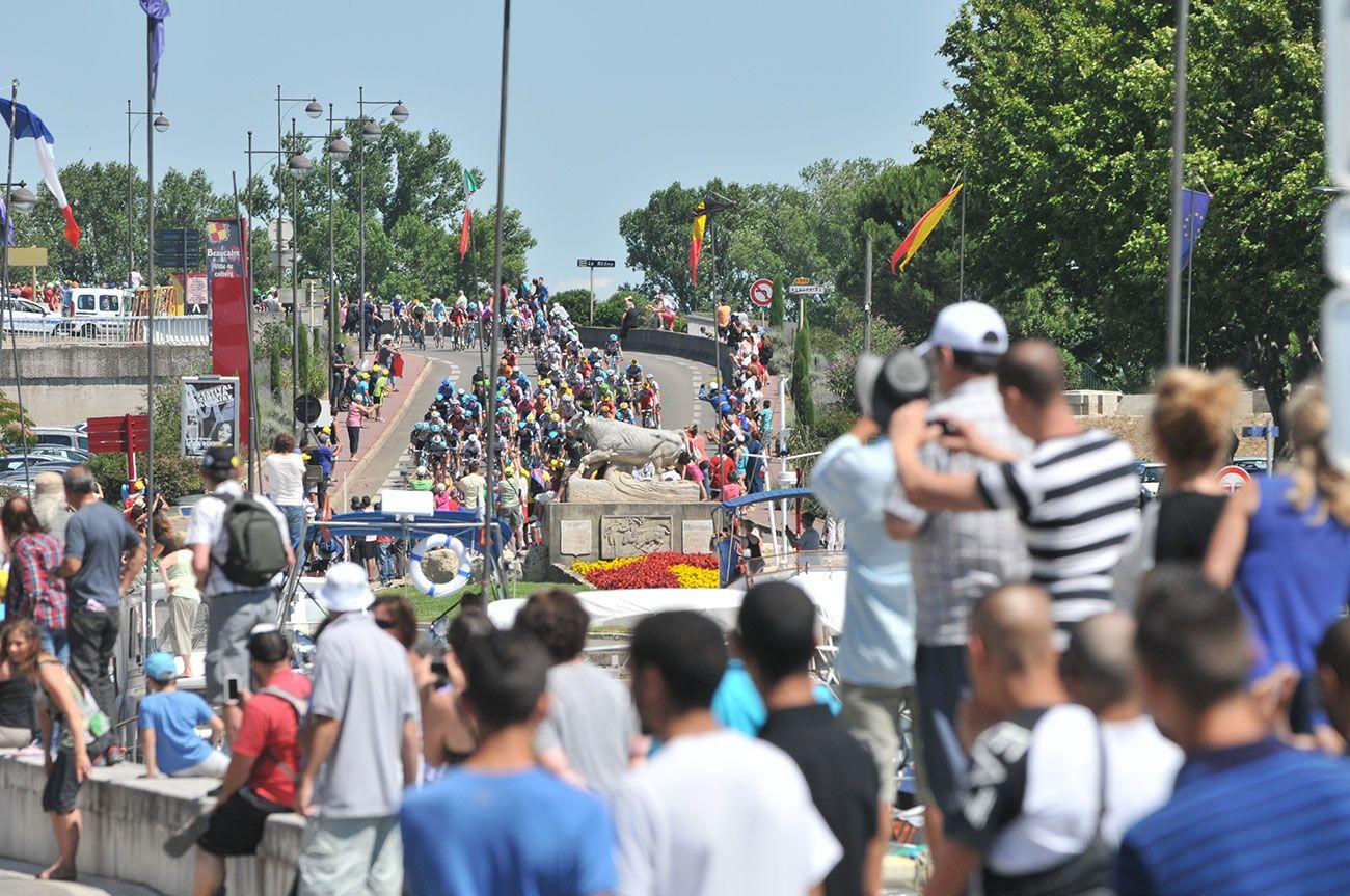 6ème étape du Tour de France passage à Beaucaire Tour de