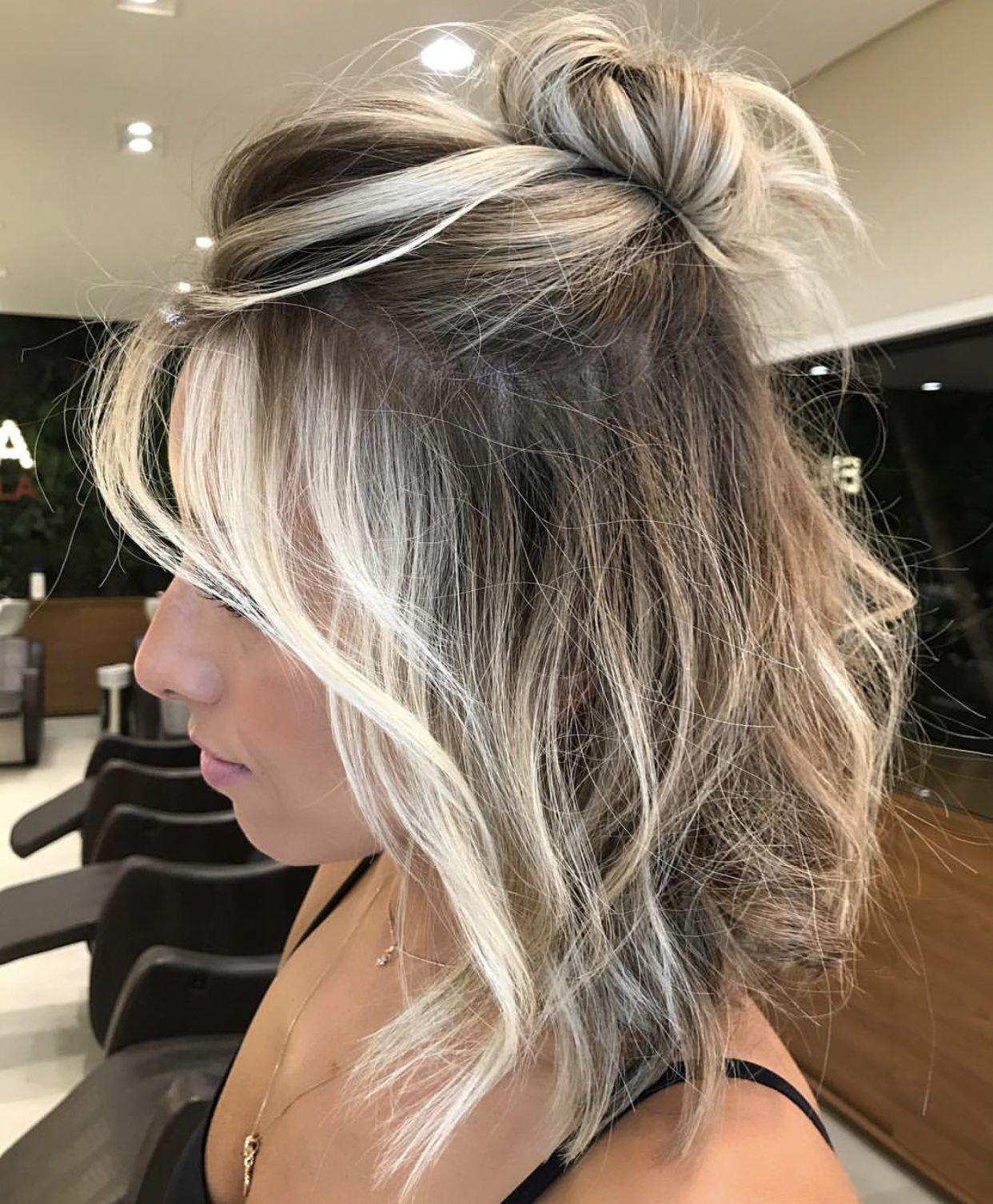 Perfect Half Up Half Down Hairstyle Halfuphalfdown Hairstyleideas Short Hair Styles Easy Medium Length Hair Styles Medium Hair Styles