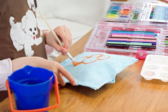10 Practical Tips For Fabric Painting Miniature