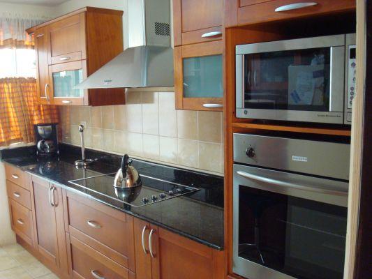 Dise os de muebles de cocina en madera muebles de cocina - Moscas pequenas cocina ...