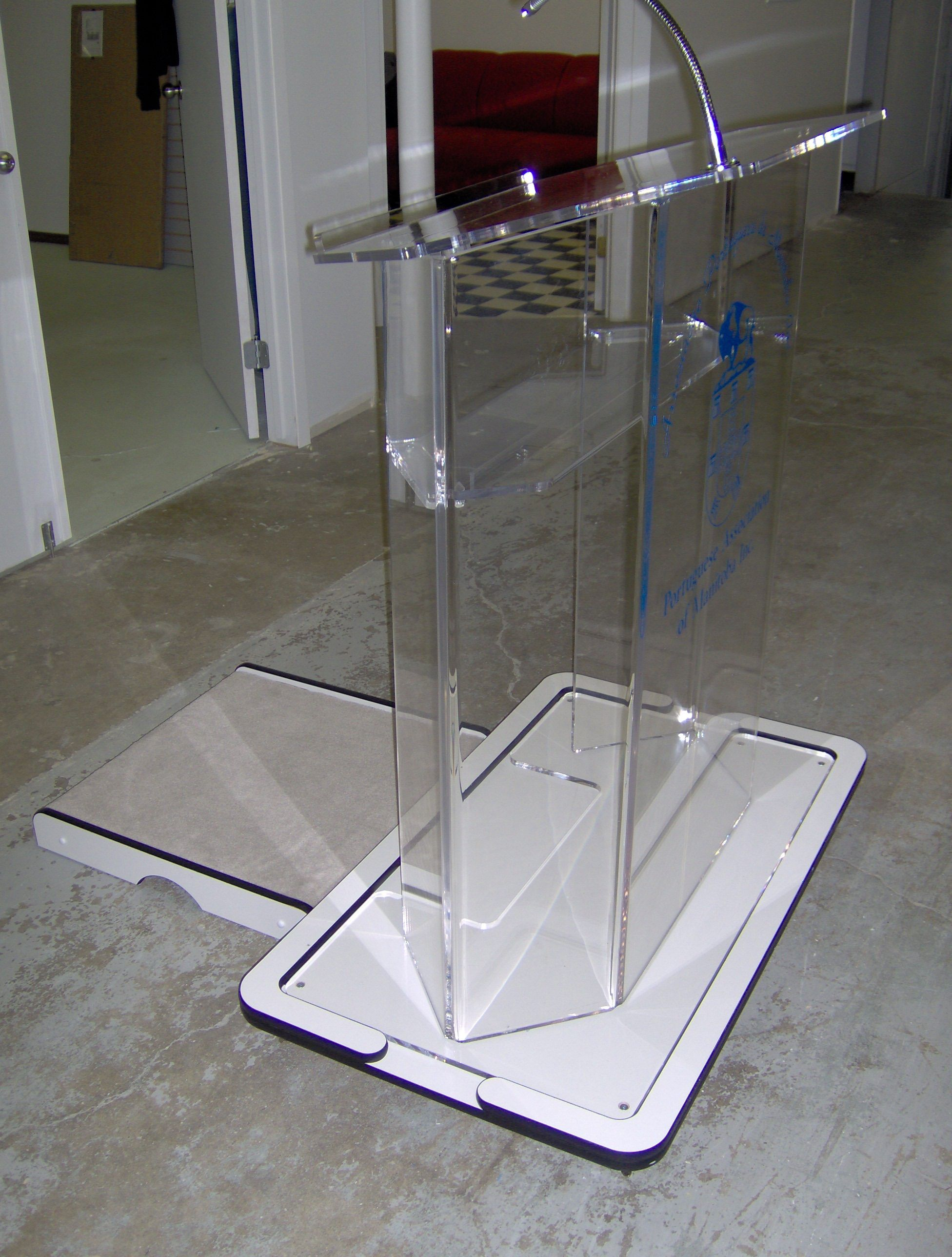 Podium With Custom Walk Up For The Portuguese Association Created By Acryl Design Commercial Furniture Theater Furniture Church Design