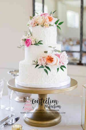 WC204 Confection Perfection Cakes   WC204