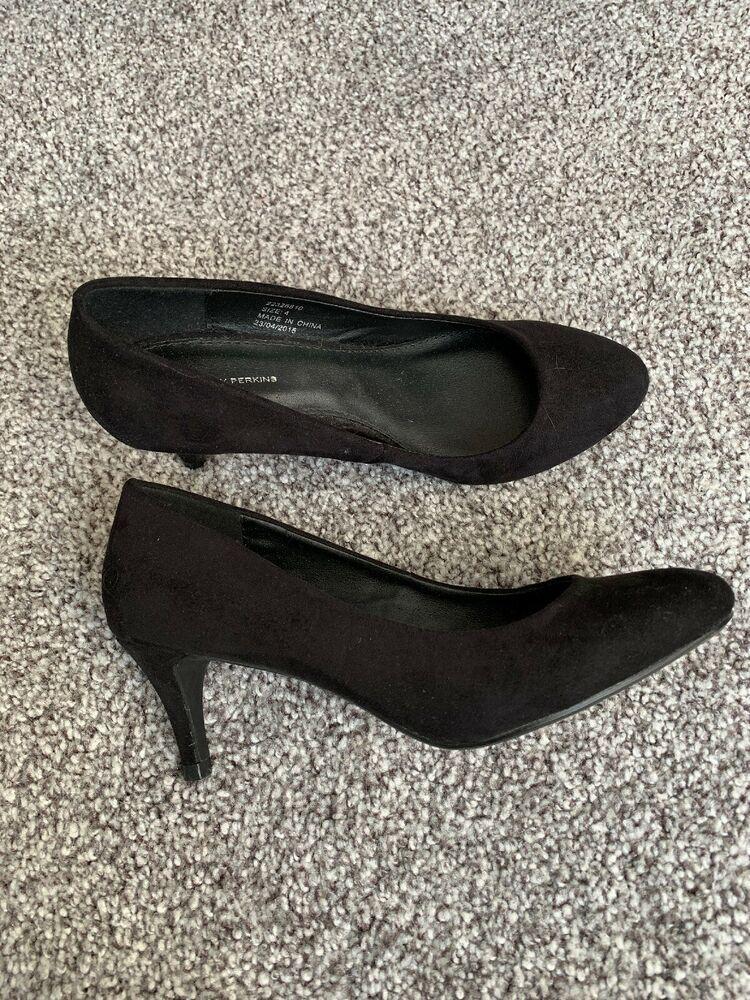Alesandra Kitten Heel Point Toe Court Shoe Kitten Heels Heels Court Shoes