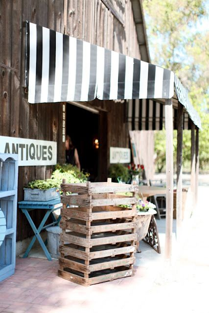 An Old Barn Would Be Converted Into An Antique And Garden Shop One Day I Will Have Something Like This Old Barn Antiques Barn Shop