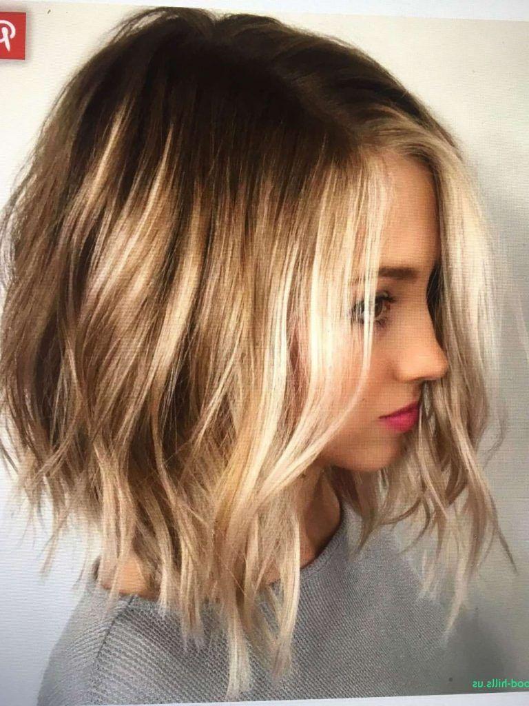 35 Short Ombre Hair Color Ideas For Brunettes That Are Trending For 2019 Latest Hair Colors Short Ombre Hair Brunette Hair Color Thick Hair Styles