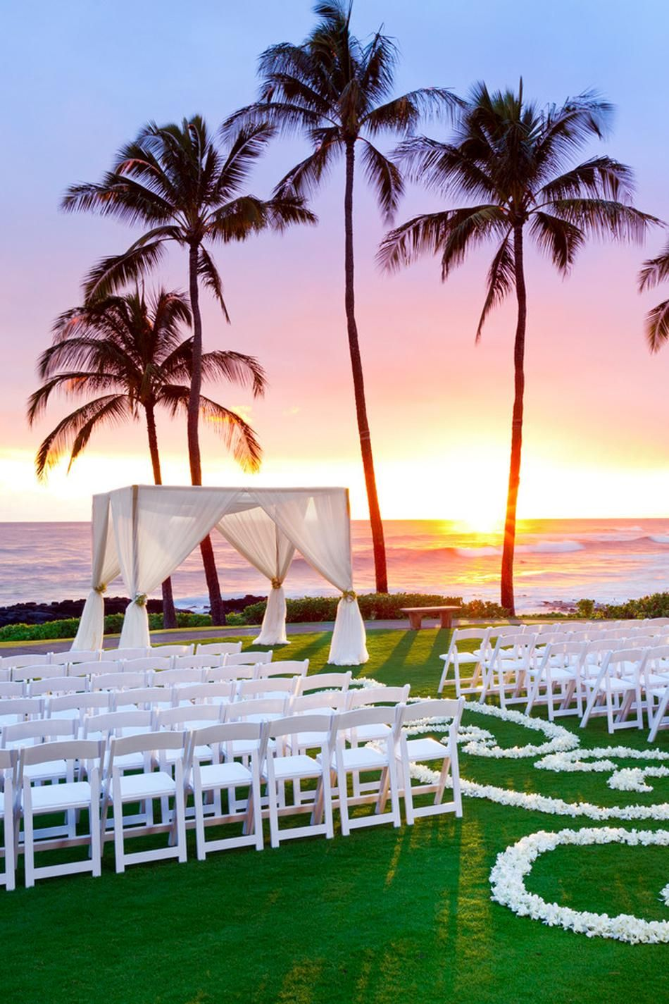 10 Great Luxury Beach Vacations Wedding Venues Hawaii Sunset Wedding Sunset Beach Weddings