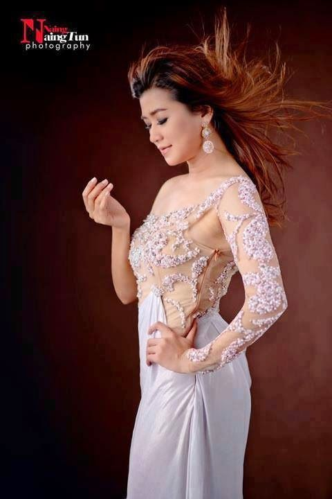 Eaindra Kyaw Zin Myanmar Most Popular Actress And Model Traditional Outfits Popular Actresses Formal Dresses Long