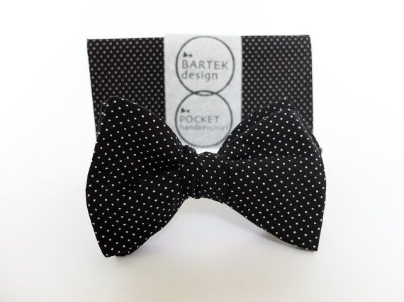 Groom Wedding Set Self Tie Bow Tie and Pocket by BartekDesign, €36.00