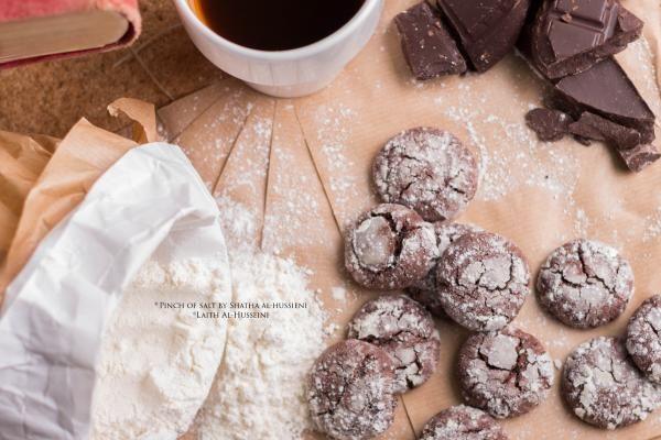 الكرينكل بنكهة الشوكولاتة من شذي الحسيني Chocolate Flavoured Biscuits Dessert Recipes Desserts Chocolate
