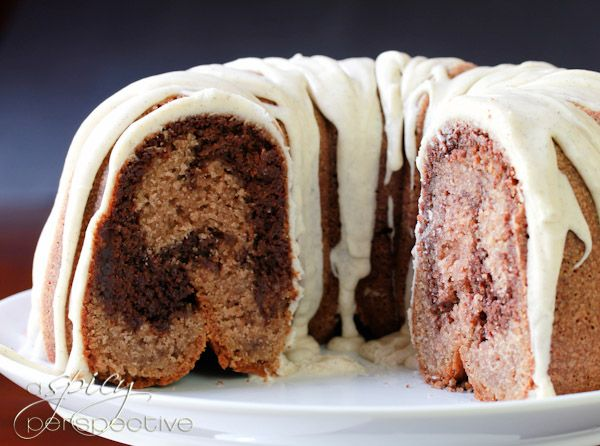 Velvet Brownie Swirl Cake via @Sommer   A Spicy Perspective