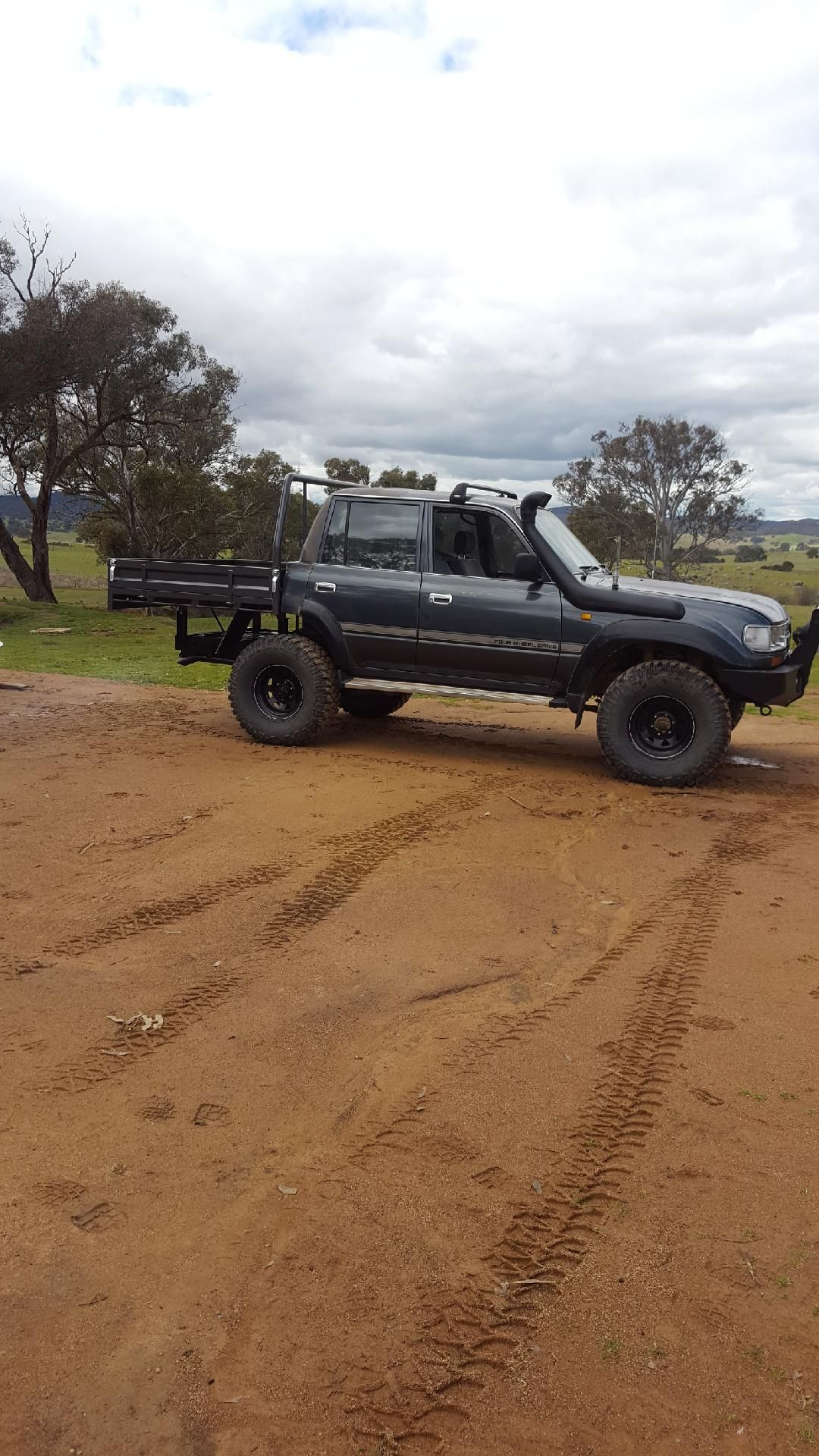 Weapon of choice | Chopped 1HDT 80 series land cruiser ute
