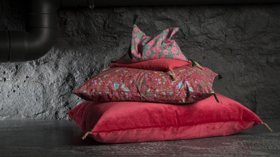 La maison générale boutique décoration mobilier design et linge de maison coussin caravane