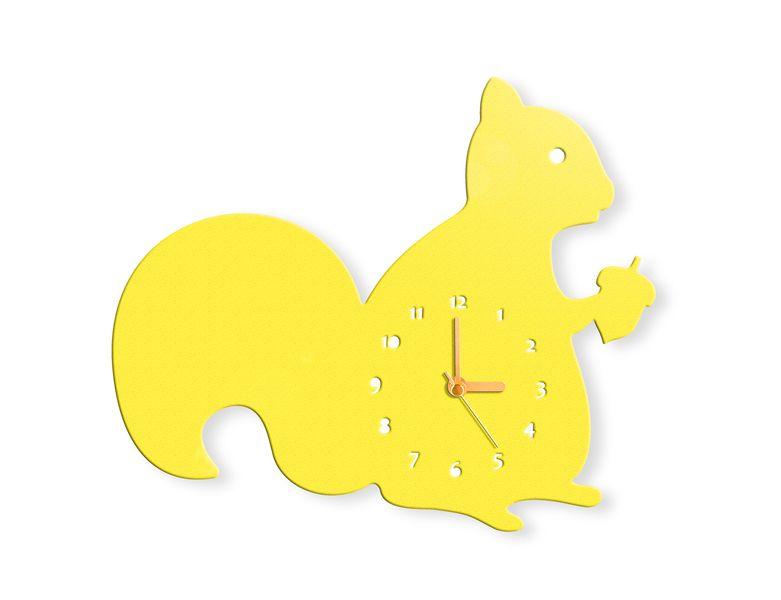 Die Wanduhr in Form eines super schnuckligen Eichhörnchens, zum Beispiel in Farbe Gelb. Die Eichhörnchen Wanduhr ist ein außergewöhnliches Accessoi...