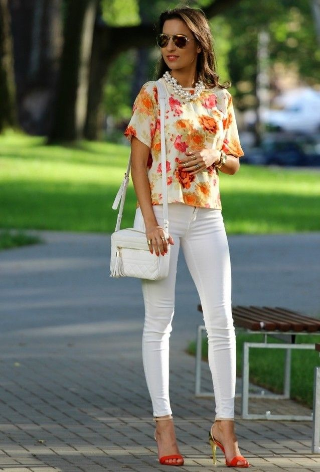 e5b61d4af6  roressclothes closet ideas  women fashion Floral Tops and White Jeans  Outfit