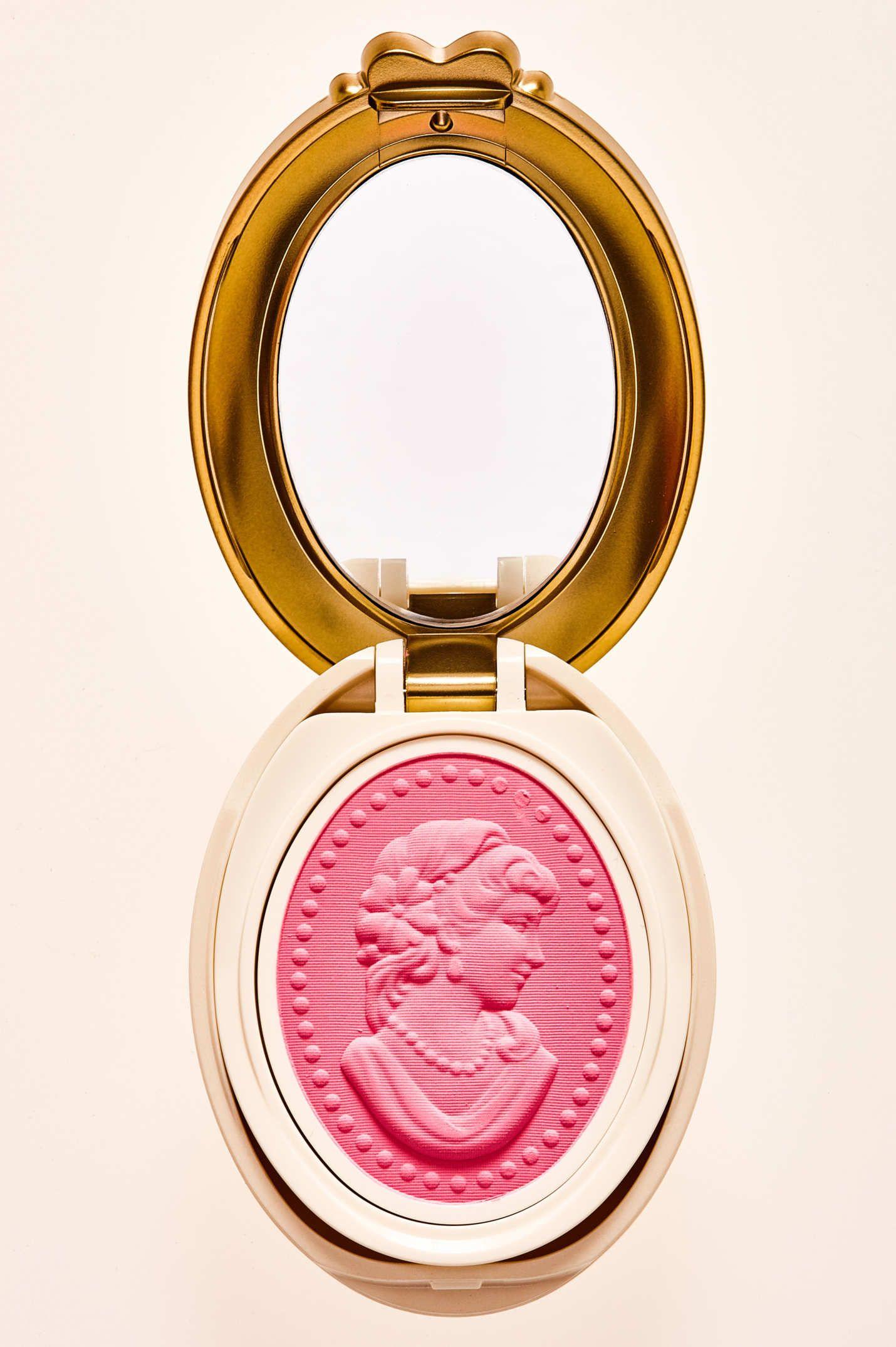 This Laduree Makeup Is The Sweetest Laduree Makeup Luxury Makeup Professional Makeup Kit