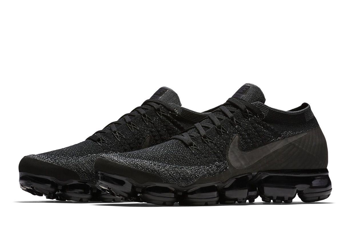 air max vapormax flyknit black