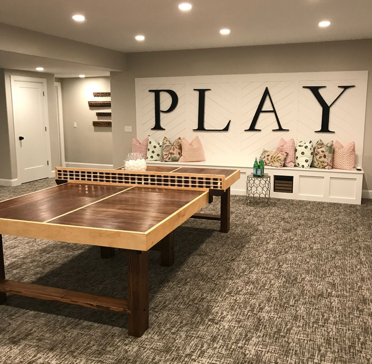 20 amazing unfinished basement ideas you should try big letters play areas and bench - Unfinished basement design ...