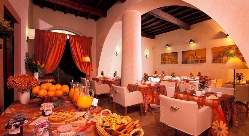 The Hotel Santa Maria Is In Trastevere On Bank Of Tiber River It One Most Charming And Authentic Neighborhoods Rome S Historic