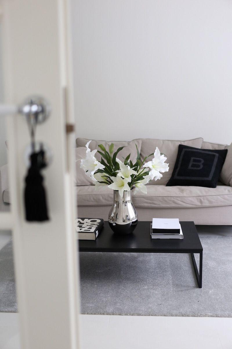 Homevialaura | modern classic living room decor | VM Carpet Hattara ...