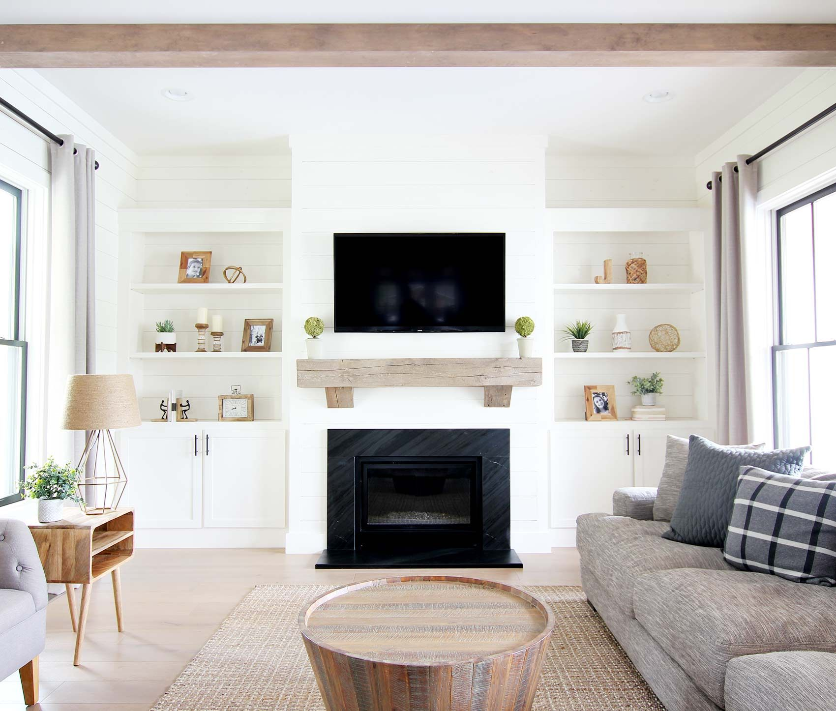 Photo of Plank and Pillow – How to Install a Reclaimed Wood Mantle