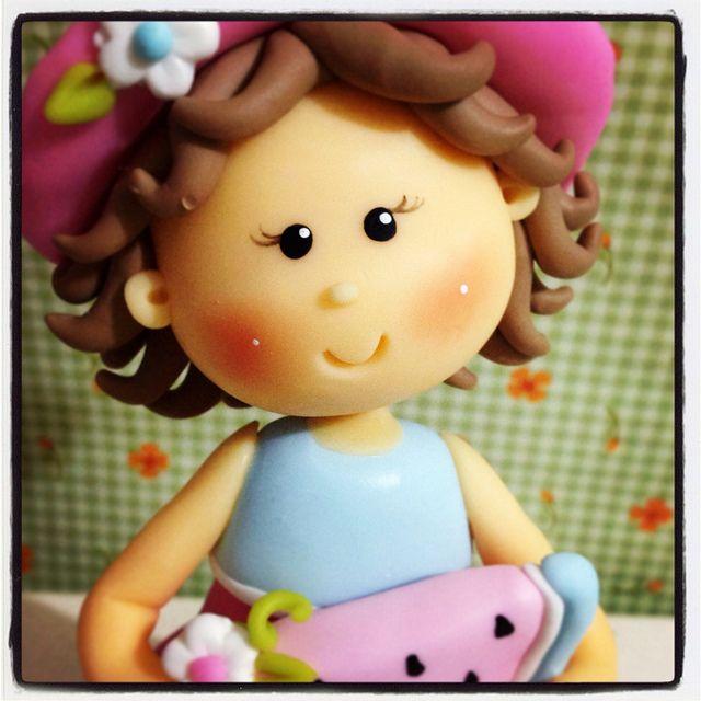 Topo de bolo menininha com melancia... by FERNANDA MINATTI - ATELIER MINATTI, via Flickr