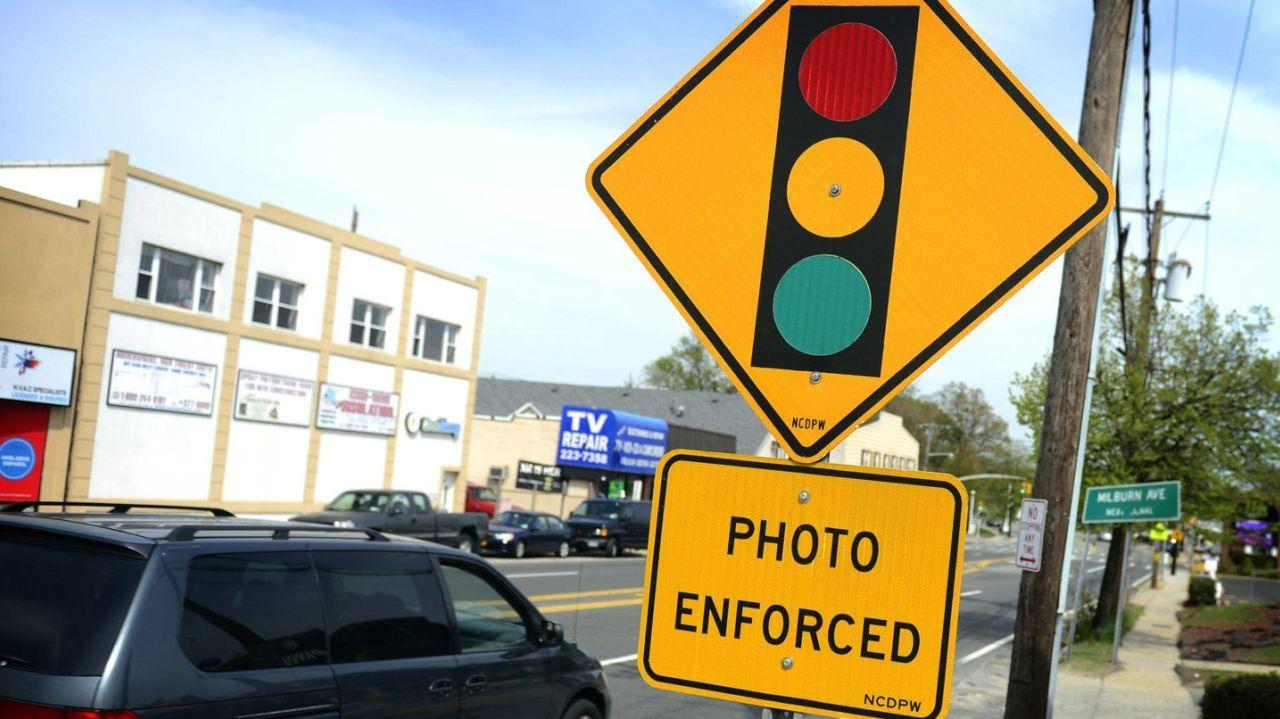 Red Light Camera Revenues Jump In Nassau Red Light Camera Light Red Nassau