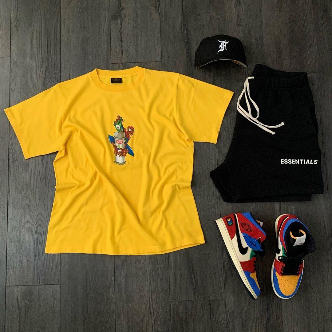 """Sk8 on Instagram: """"Gr8ness. Fitted By @essentials & @neweracap  Vintage Marvel Spider-Man Tee Shorts By @essentials  Fearless Jordan 1s By @BlueTheGreat…"""""""