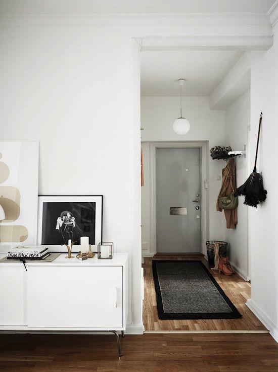 70 idee per arredare il corridoio di casa www milano for Arredare piccolo appartamento