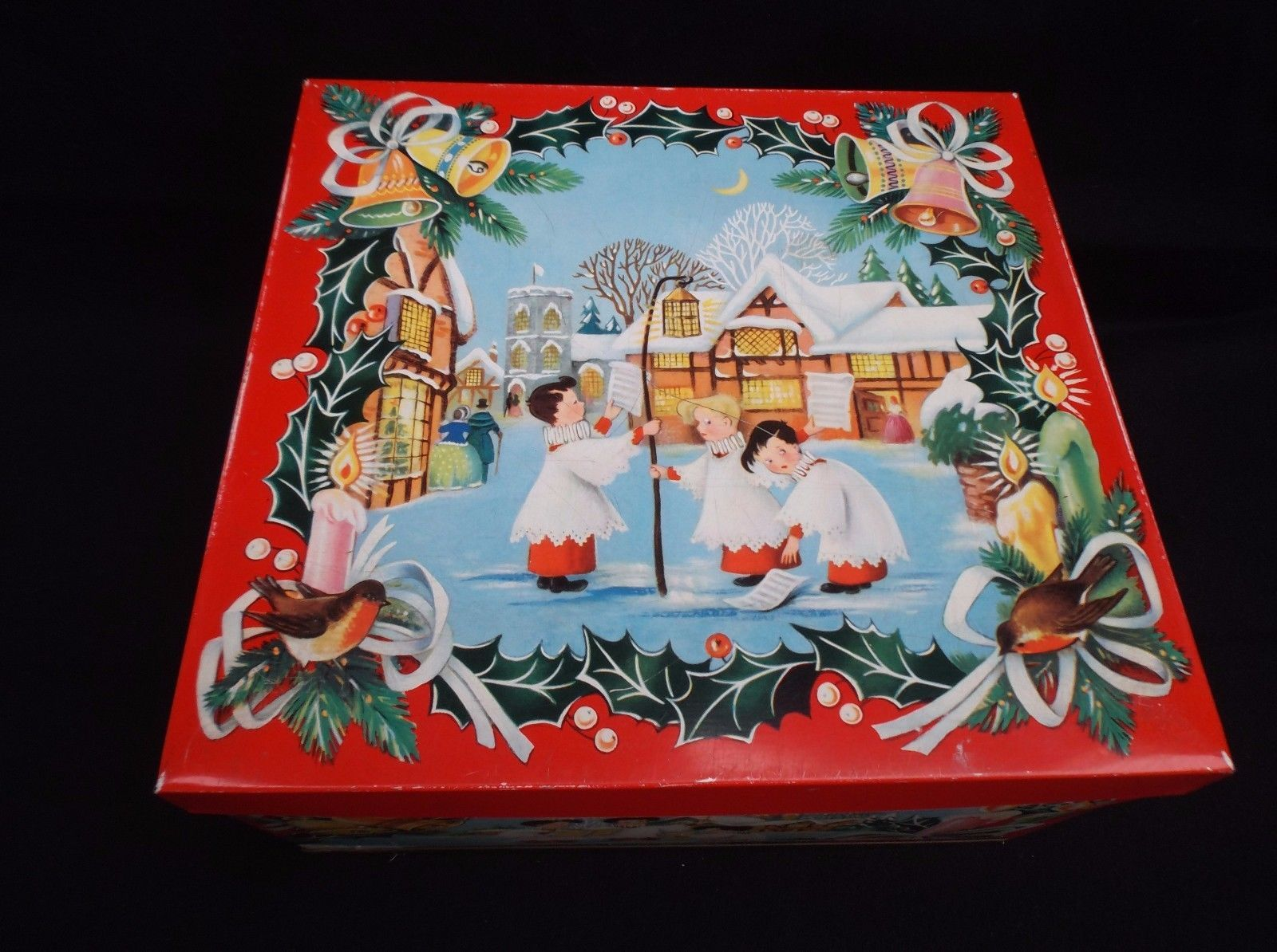 LARGE VINTAGE 1960u0027s HUNTLEY U0026 PALMERS CHRISTMAS BISCUIT TIN STORAGE TIN .