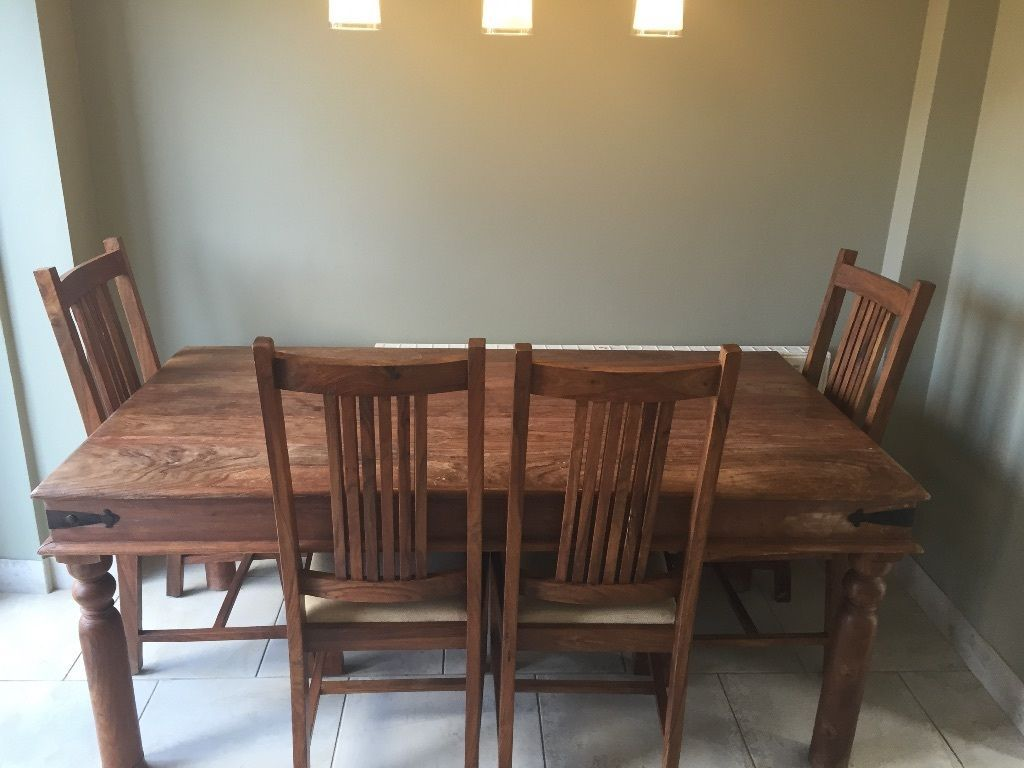 Dinning Table Chairs For Sale 175 Mexican Oak Chunky With Cream Bases Good Condition Could Do A